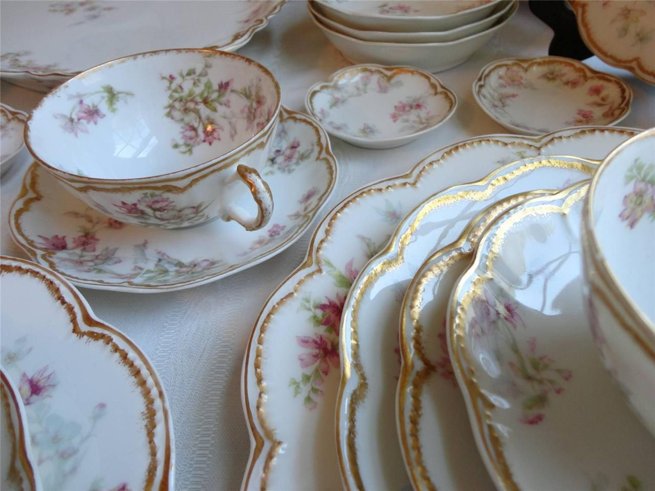 Haviland Limoges China Set Double Gold 91a G Pink Flowers Blue
