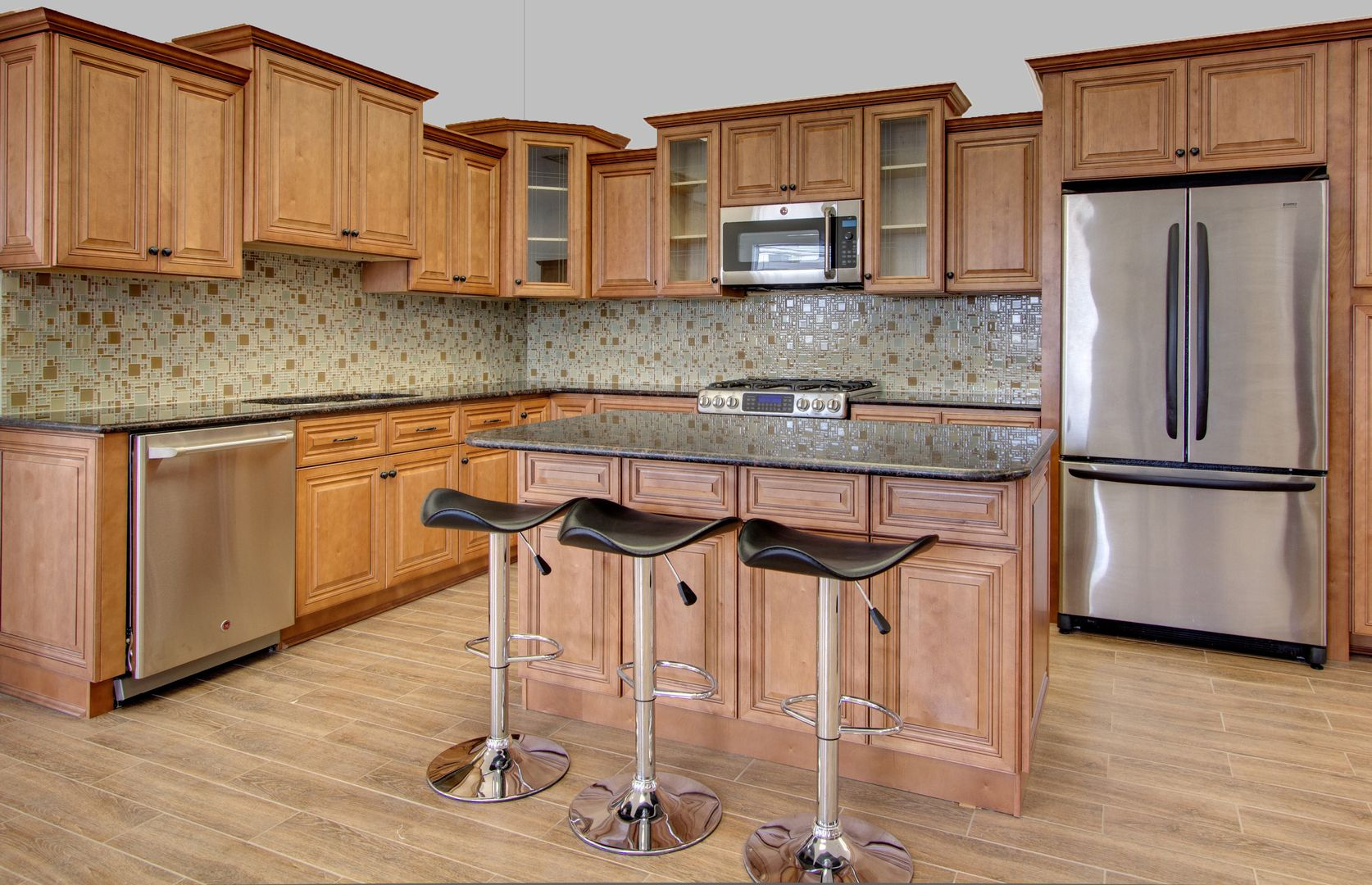 A Cinnamon Color On Maple With A Brown Glaze A Very Transitional Door Style And C Kitchen Cabinets For Sale Kitchen Cabinet Styles Assembled Kitchen Cabinets