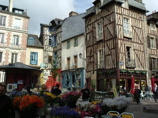 farmer 39 s market in rennes france favorite places spaces pinterest france rennes and places. Black Bedroom Furniture Sets. Home Design Ideas