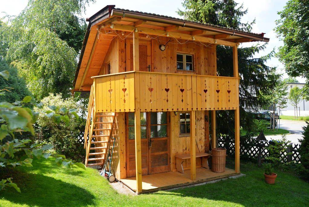 baumhaus in murnau am staffelsee deutschland old school baumhaus 2 st ckig je stock. Black Bedroom Furniture Sets. Home Design Ideas