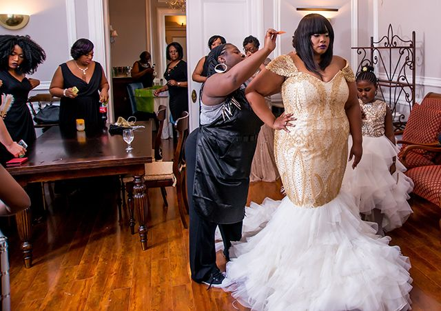 A Harlem Renaissance Wedding In Baltimore Md Brandi Brandon Munaluchi Bride Renaissance Wedding Dresses Renaissance Wedding Harlem Renaissance Fashion