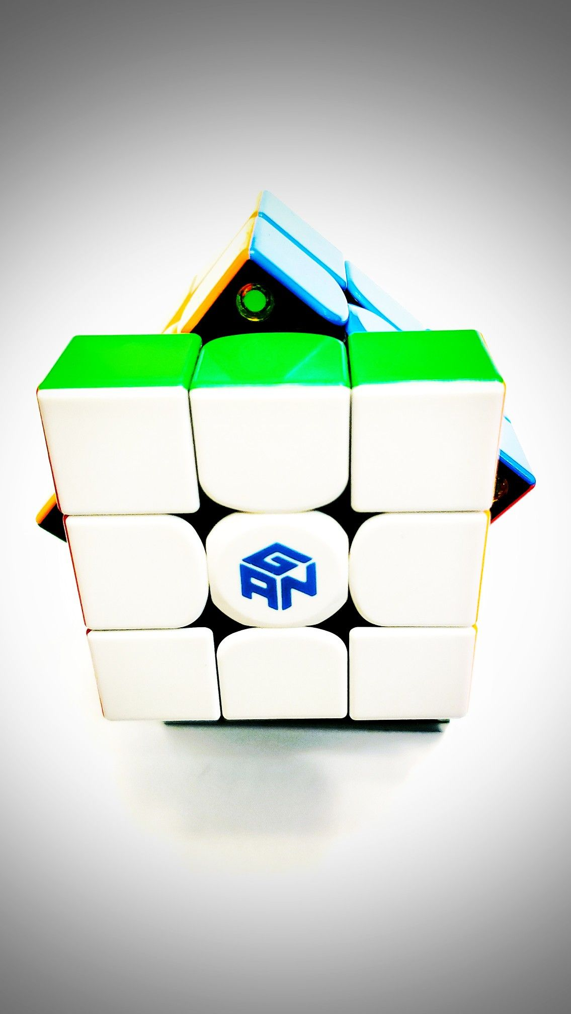 Gan Cube Wallpaper