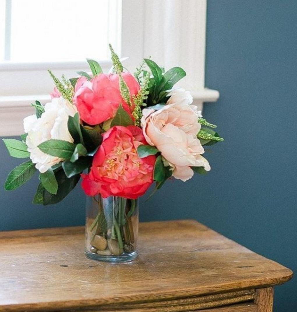 This Diy Silk Flower Arrangement By Ashleylaurenpitts Will Keep