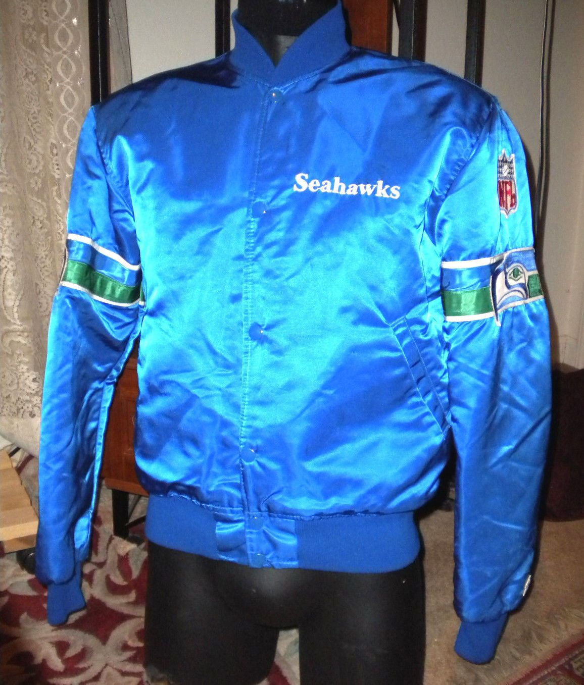low priced f6689 2a795 VINTAGE AUTHENTIC SEATTLE SEAHAWKS NFL BLUE SATIN STARTER JACKET SIZE L