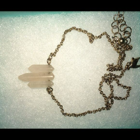 ROSE QUARTZ NECKLACE  F21 worn as prom jewelry & almost a choker Forever 21 Jewelry Necklaces