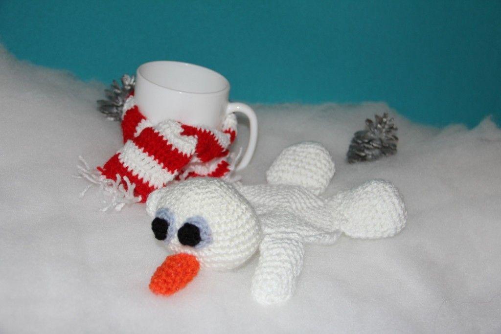 Photo of Free crochet pattern – gift idea – little snowman as a coaster