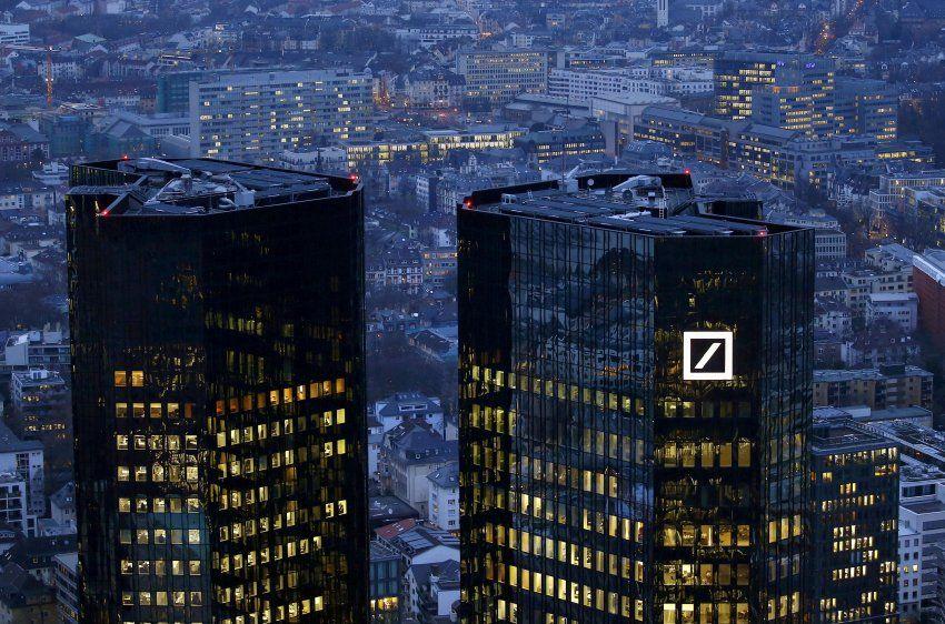 Aktuell! Russische GeldwäscheAffäre Deutsche Bank muss