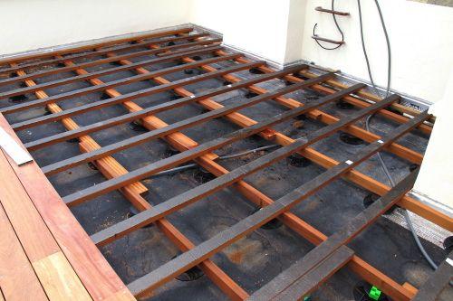 Terrasse bois sur étanchéité Structure patio Pinterest Patios - construire sa terrasse en bois soimeme