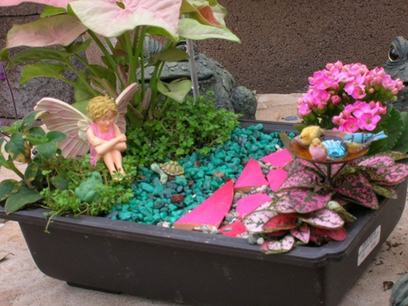 cool 29 Cheap and Magical Fairy Garden Ideas https://wartaku.net/2017/05/30/29-cheap-magical-fairy-garden-ideas/