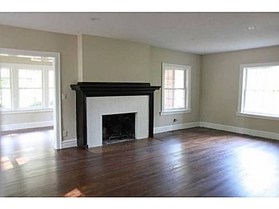 Hardwood Floors And A Mix Of Light And Dark Colors Love 114 W 66th