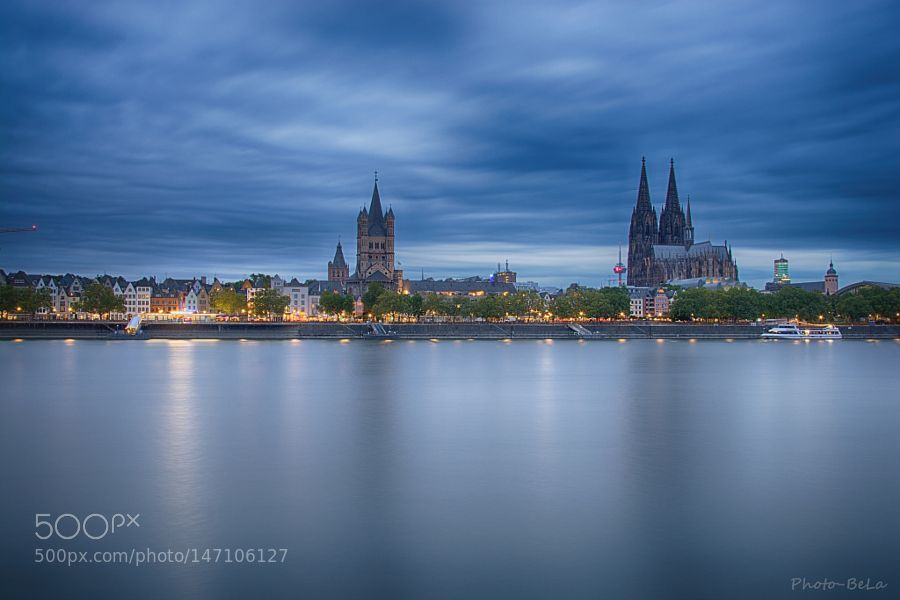Köln am Abend by BernieLamberz. @go4fotos