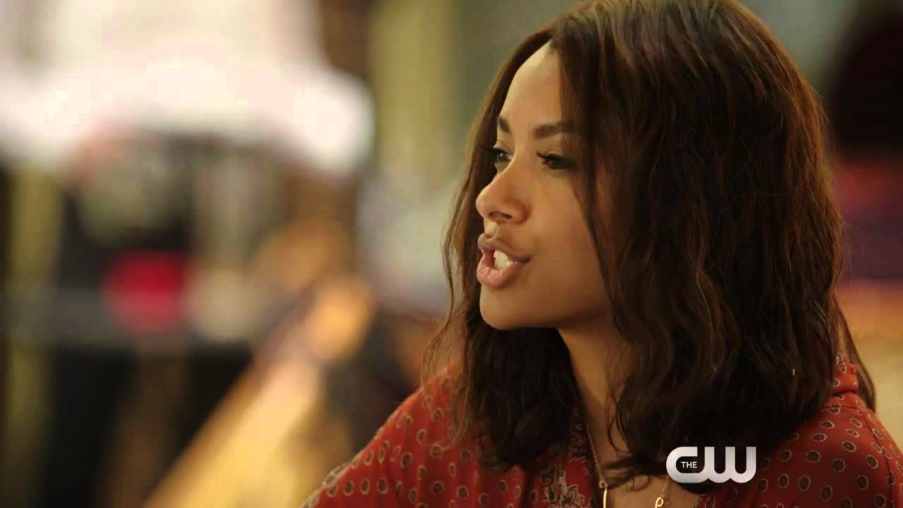 The Vampire Diaries 7x01 Webclip - Day One of Twenty-Two Thousand, Give ...