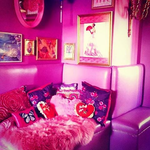 ❤️ #thepinkhouse #thedreamhouse #eatonhousestudio 💕🏩