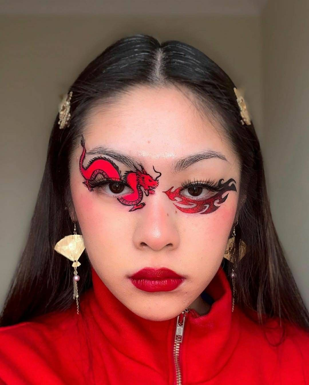 """Blabes R Us💁🏻♀️ on Instagram """" ️🐲 ️ 🎨 ctln.makeup"""" in"""
