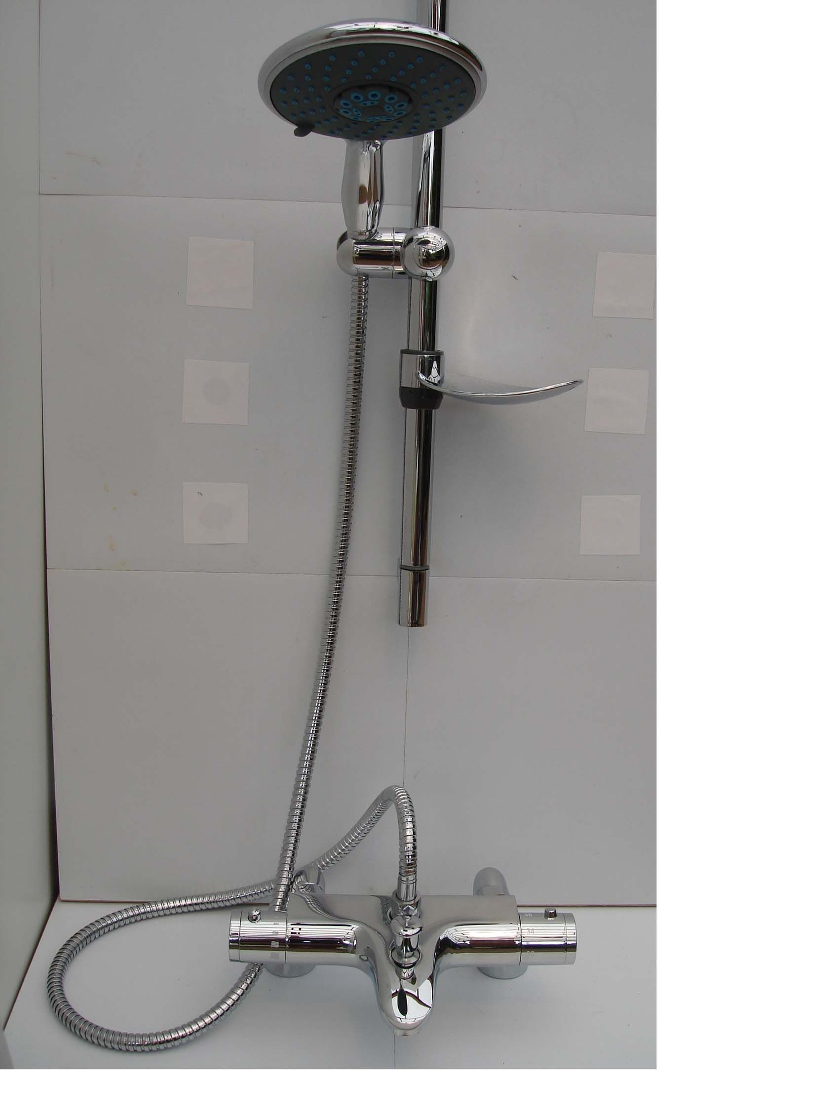 Thermostatic Bath Shower Mixer Taps With Upwards Top Facing Premier Eurostyle Single Lever Tap