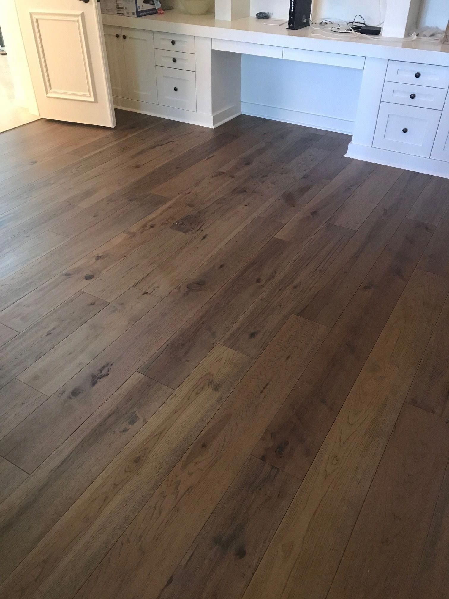 Naturally Aged Flooring Medallion Collection Stony Brook Hand