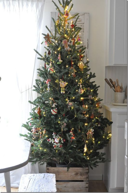 Weihnachten If You Like Decorations Made With Natural Materials Decorative Items Co In 2020 Christmas Decorations Apartment Slim Christmas Tree Christmas Apartment