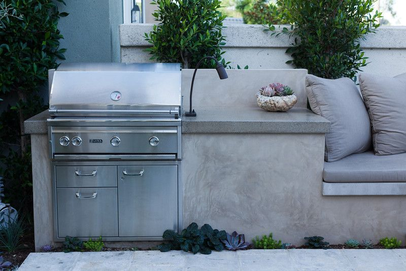 BBQ with a Smooth Stucco Face and Polished Concrete Countertop | DIG ...