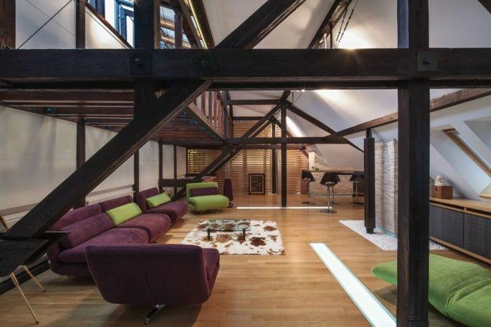 Farbtupfer im Raum - stilvolles Wohnzimmer in Grün und Lila