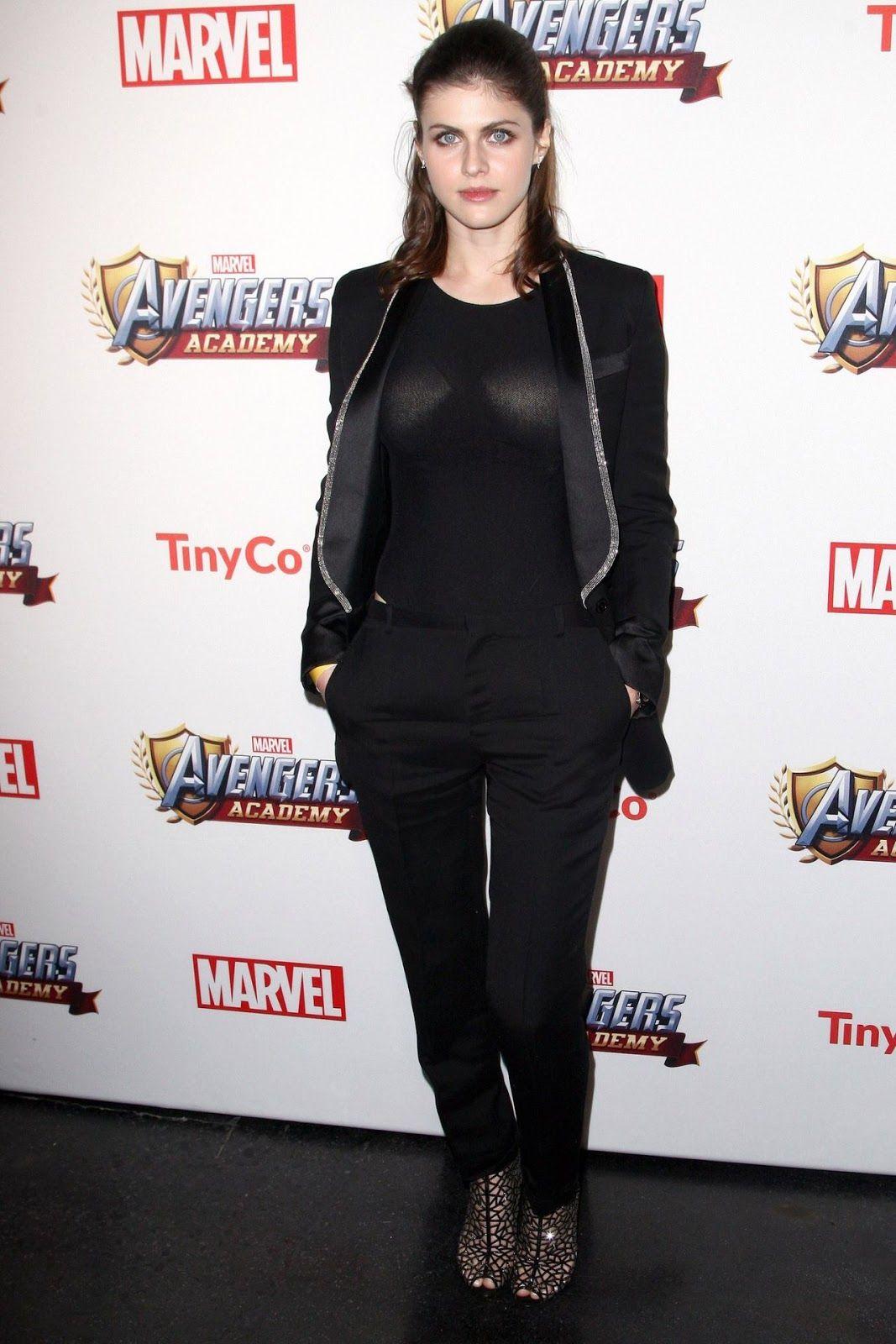 celebstills: Alexandra Daddario - Party Marvel Avengers akadémie v Los Angeles, CA