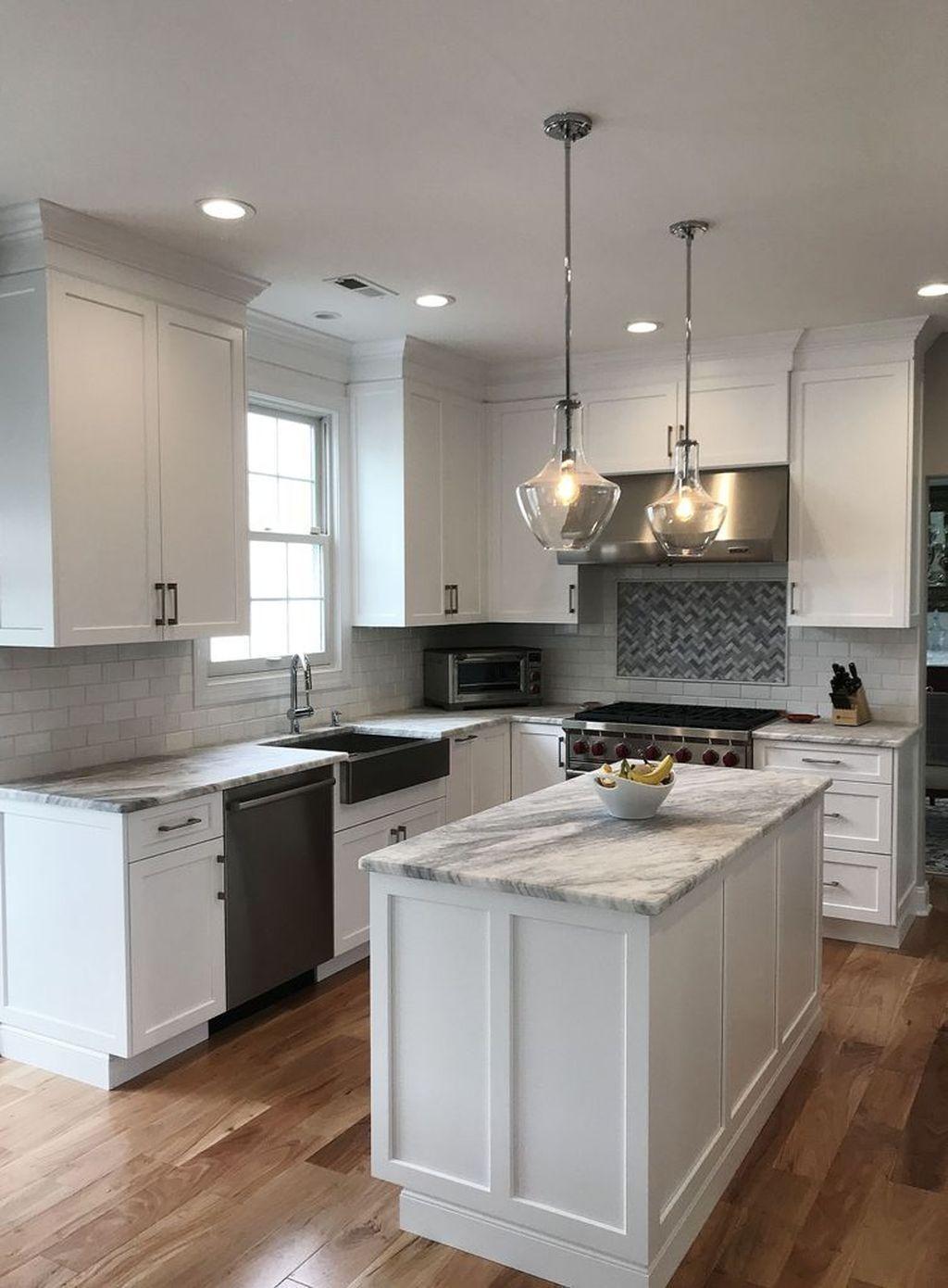 45 Adorable White Kitchen Design Ideas Napiernews Info In 2020 Kitchen Design Small Kitchen Remodel Small Kitchen Design Countertops