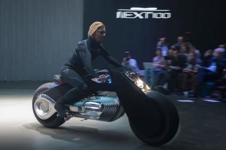 Con la moto del futuro el casco sale sobrando - La Prensa de Honduras
