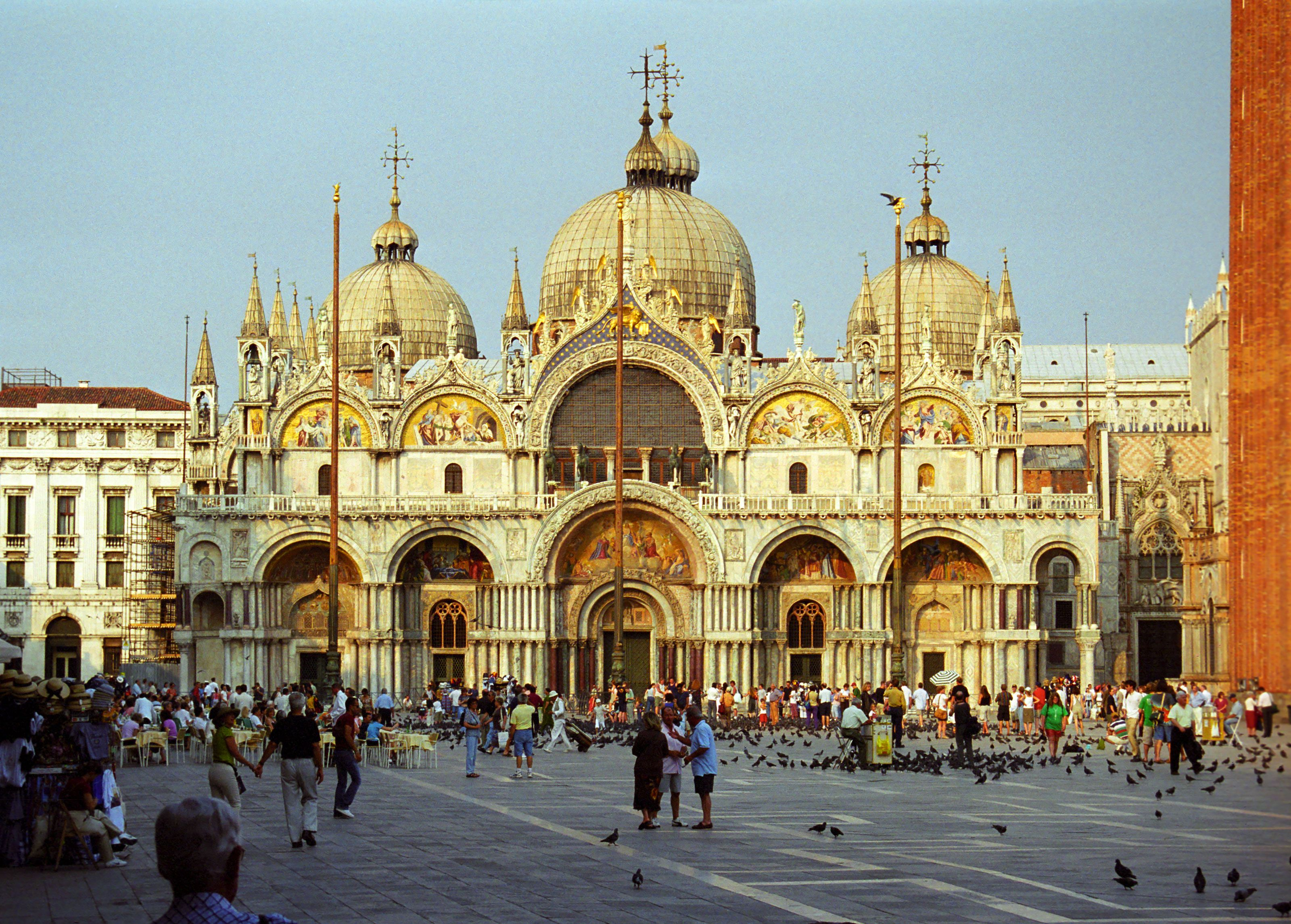 St Marks Square In Venice Famous Buildings Cathedral Venice Italy Travel