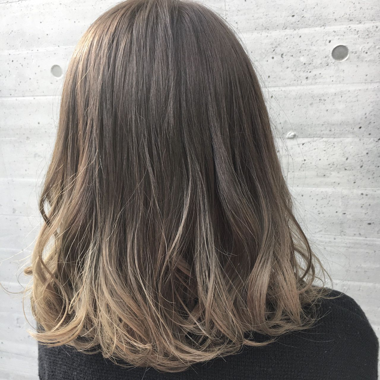 Ryusei 渋谷 女性目線 ミルクティーベージュ On Instagram 1番人気カラー説明 ミルクティーカラー 明るさ別の種類 服はシンプルに ヘアはまろやかな透け感