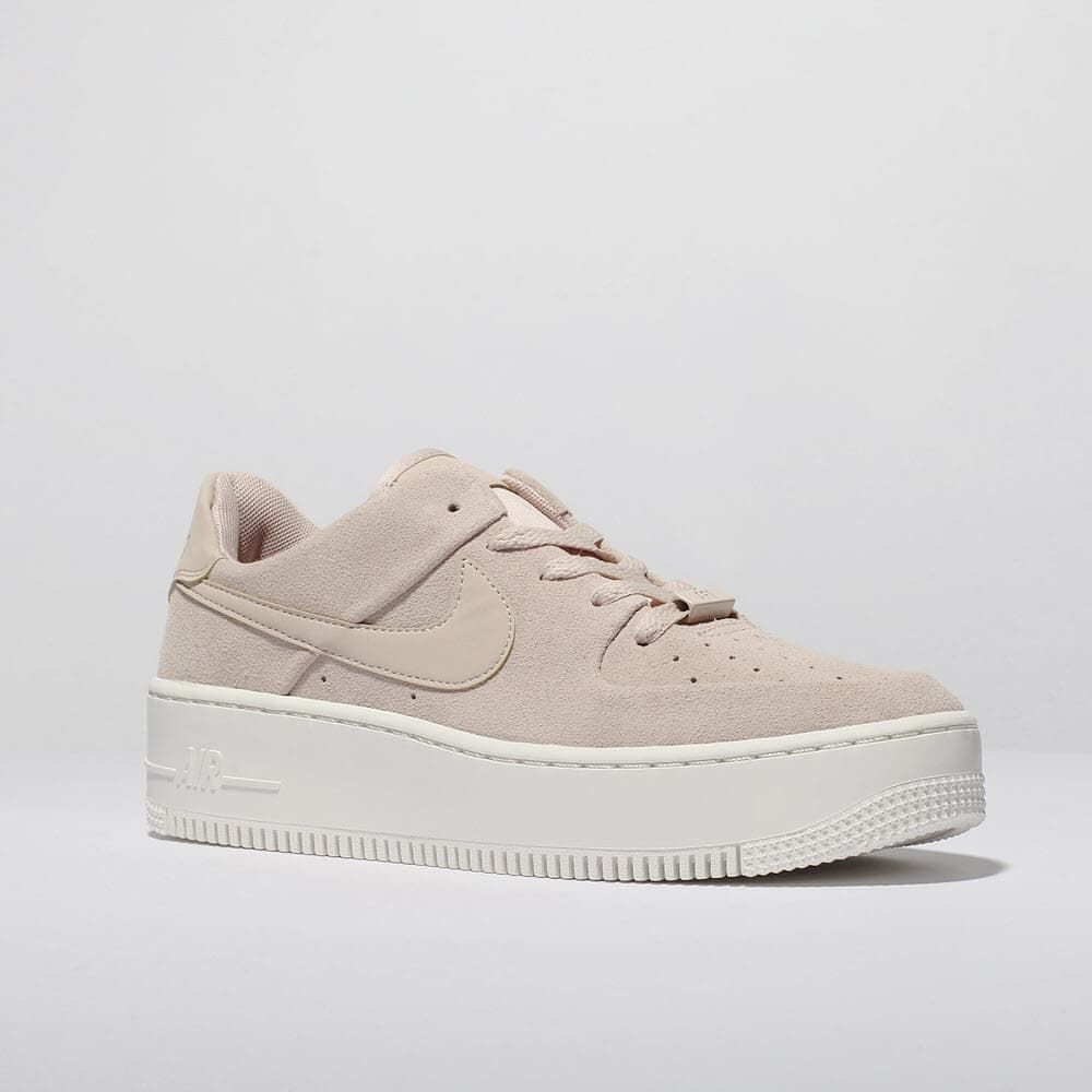 size 40 39166 1bead womens pale pink nike air force 1 sage low trainers   schuh