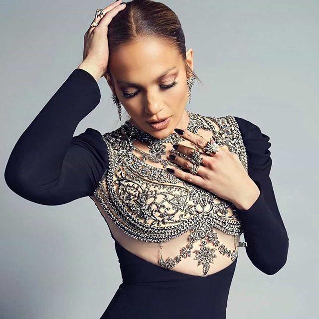 Jennifer Lopez In Valentino Wrap Dress @ Instagram August
