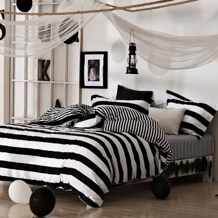 Colors For the Small Bedroom – Black and White Eternity For the Small Bedroom images