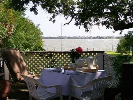 June 29 Beacon Hill Bed And Breakfast In Seabrook Tx Bed