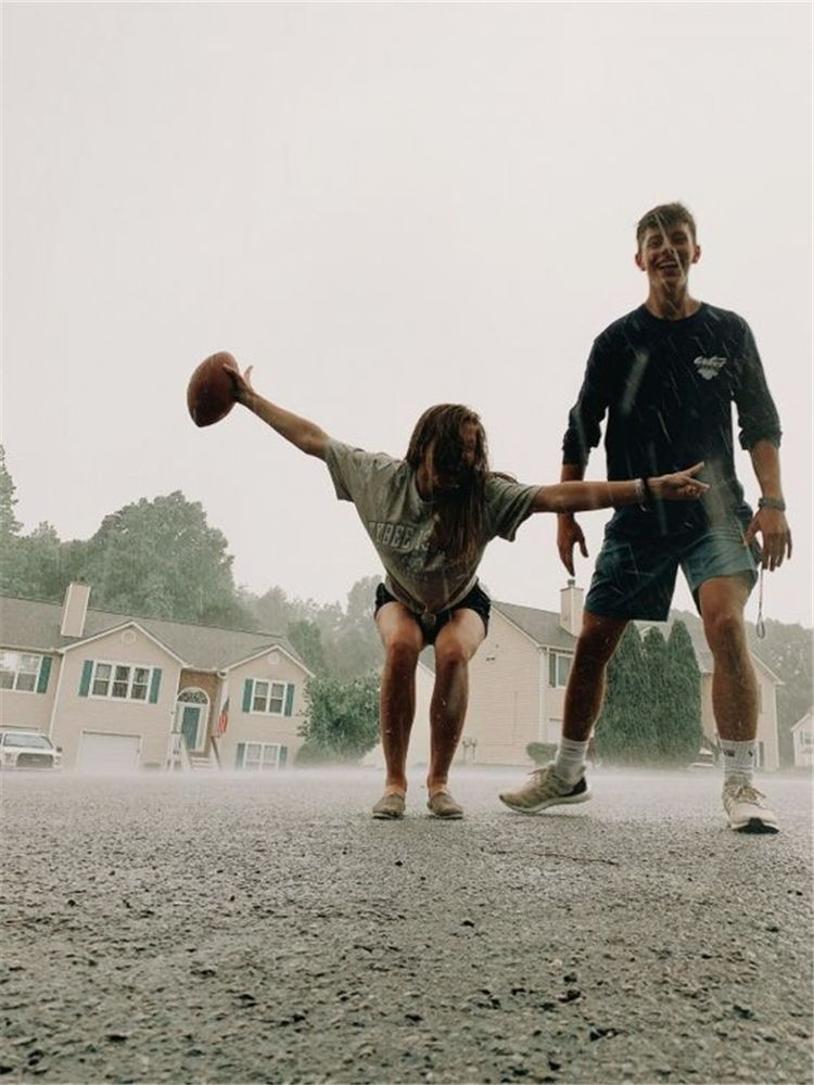 50 Sweet Couple Photographs For Your Endless Romance – Page 48 of 50 – Future Boyfriend – Water