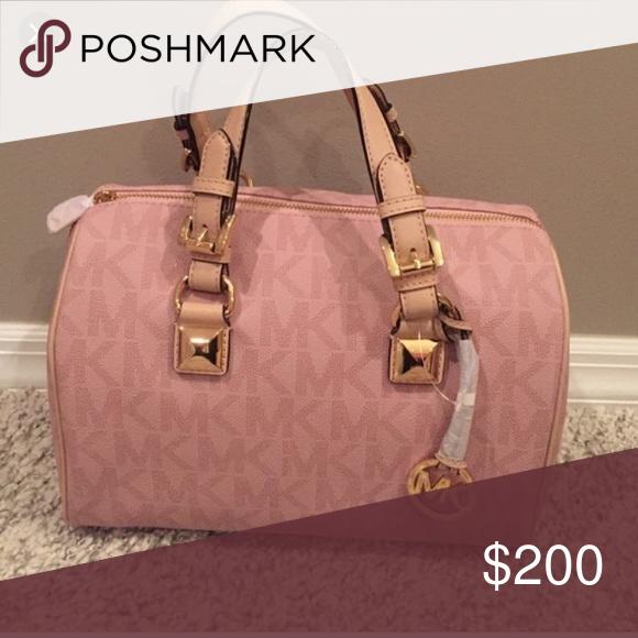 looking for light pink grayson my posh picks michael kors bag rh pinterest com