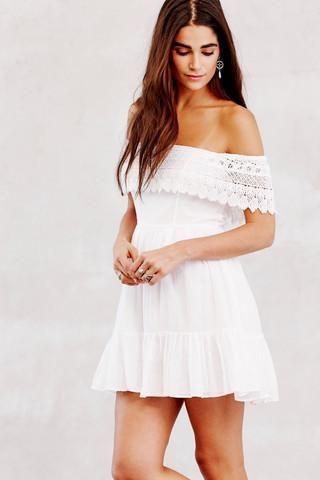 loveshackfancy wide lace white dress #whitedress #vacationdress