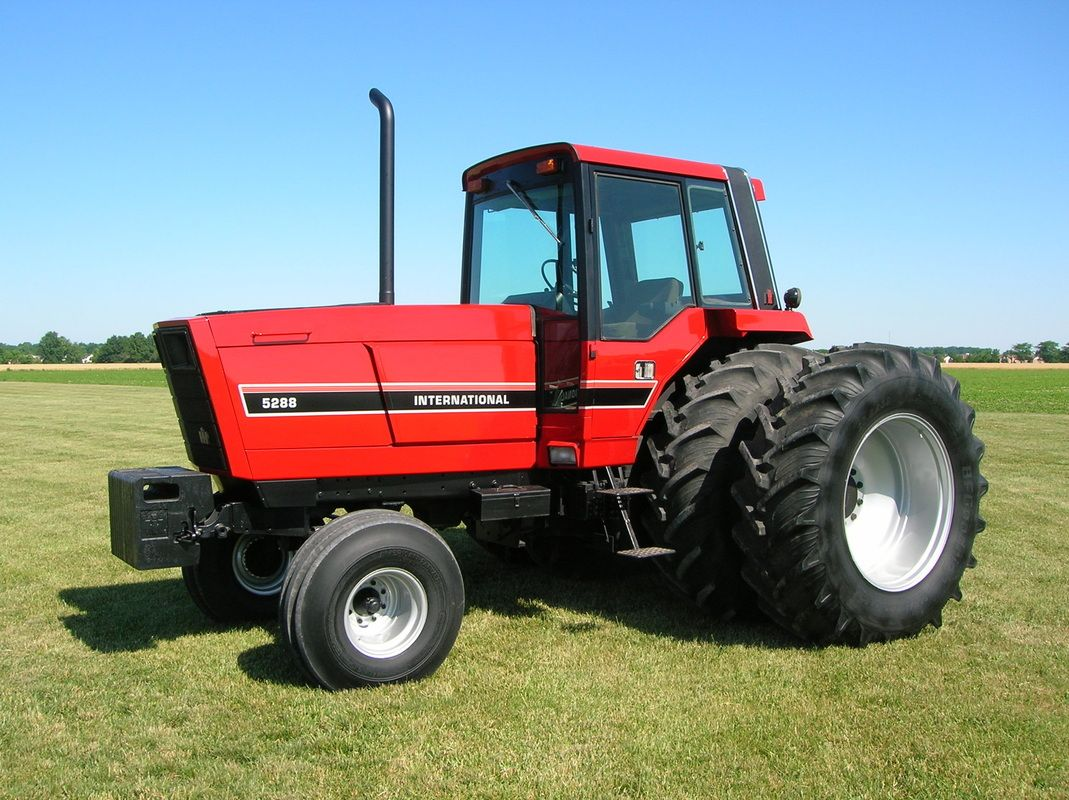 International Harvester 5088 : International harvester tractors before