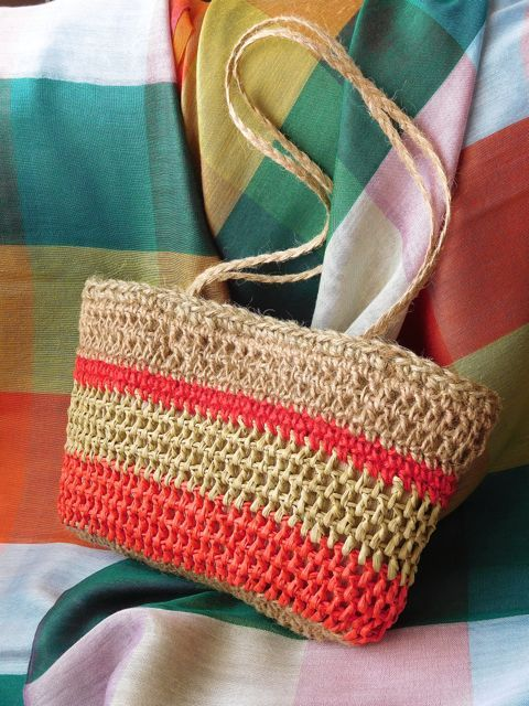 Linho e Alfazema: Handbag for Summer days (raffia and linen).