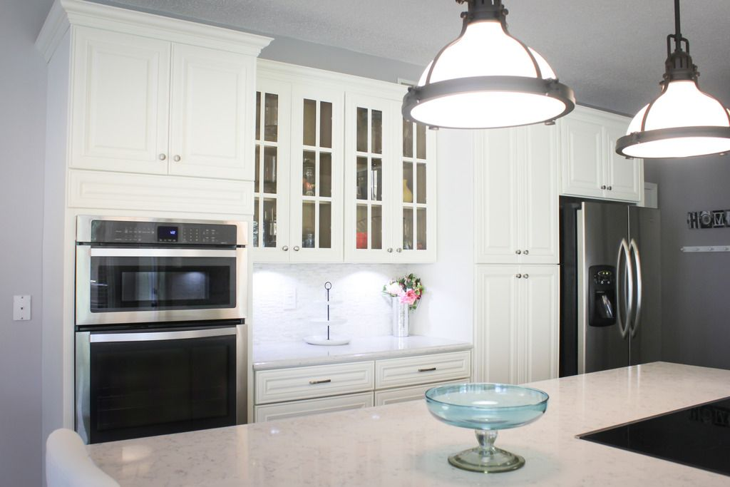 Hampton White Kitchen (Beautiful White Kitchen Cabinets ...