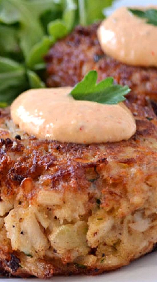 Maryland Crab Cakes With Horseradish Sriracha Remoulade