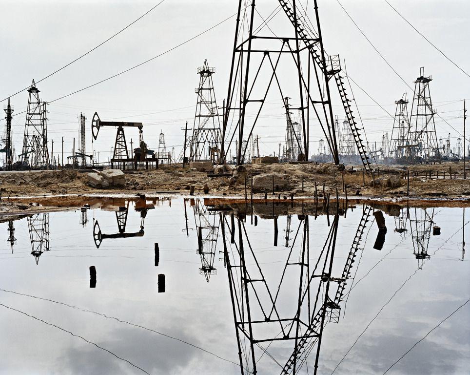 Edward Burtynsky Socar Oil Fields 3 Baku Azerbaijan 1stdibs Com History Of Photography Landscape Photography Nature Photographs