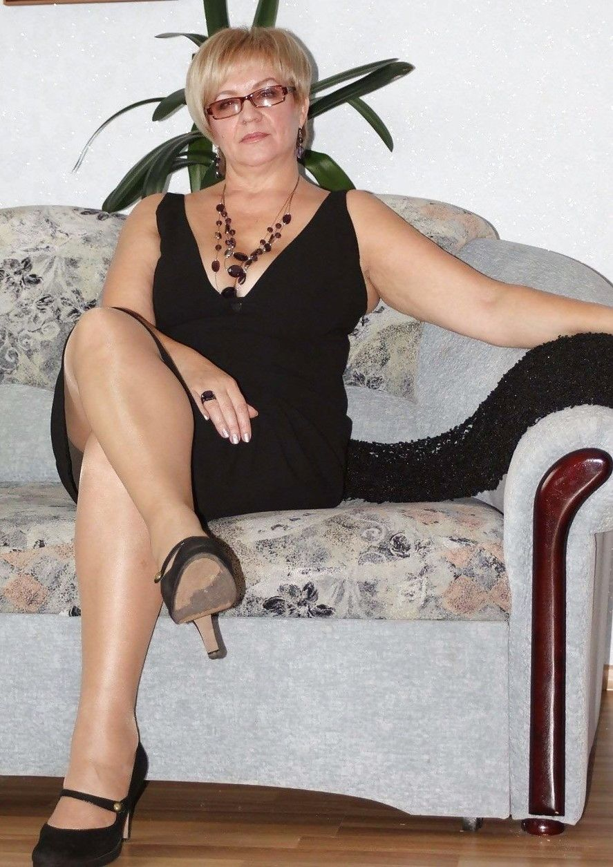 Pin on Leggy and sexy Mature ladies