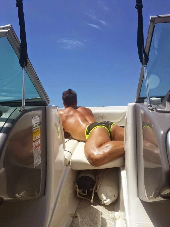 Teens amatorial hot butt on boat naked picture