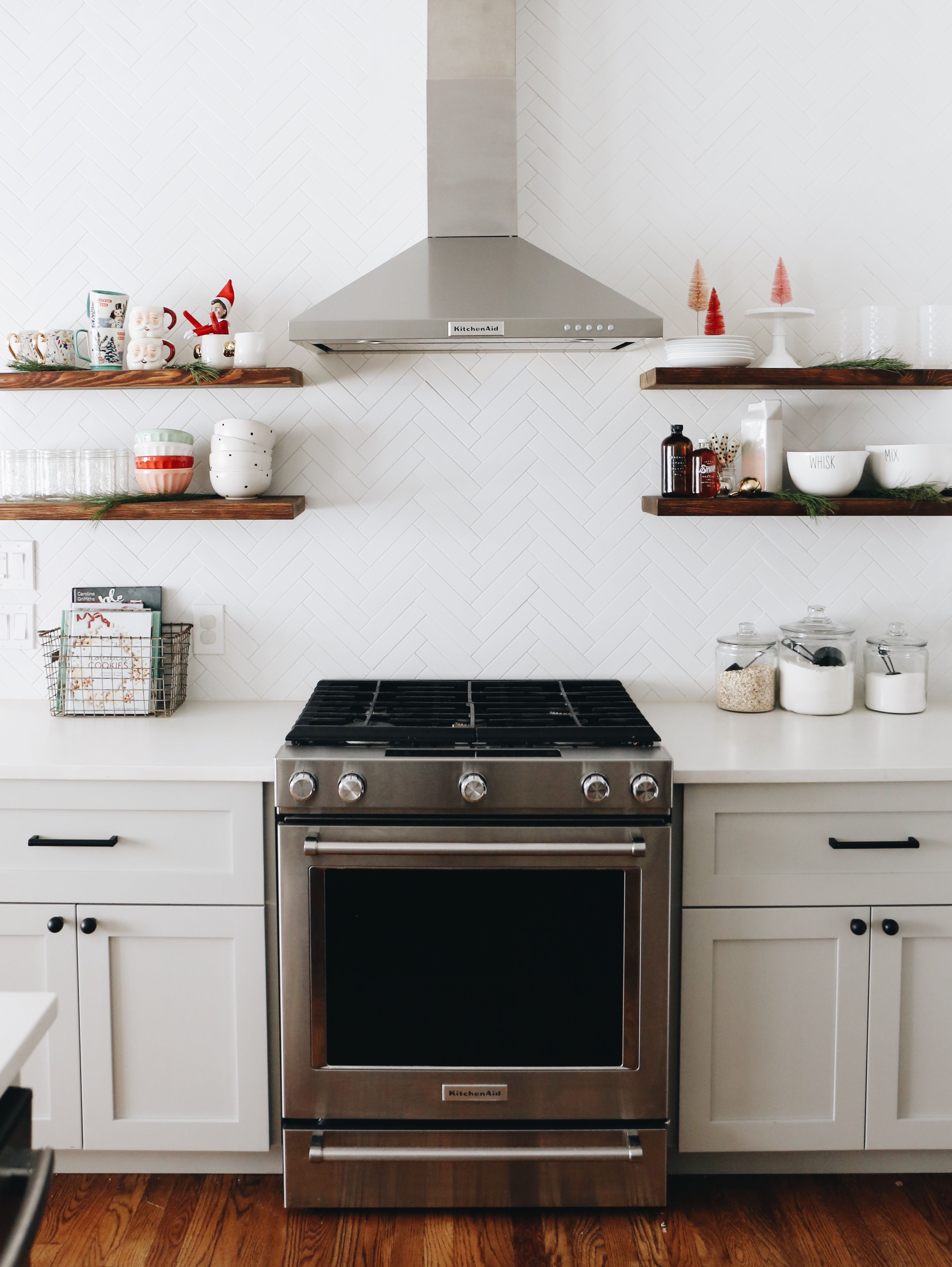 Holiday Home Tour | Kitchens, Kitchen makeovers and Decorating kitchen