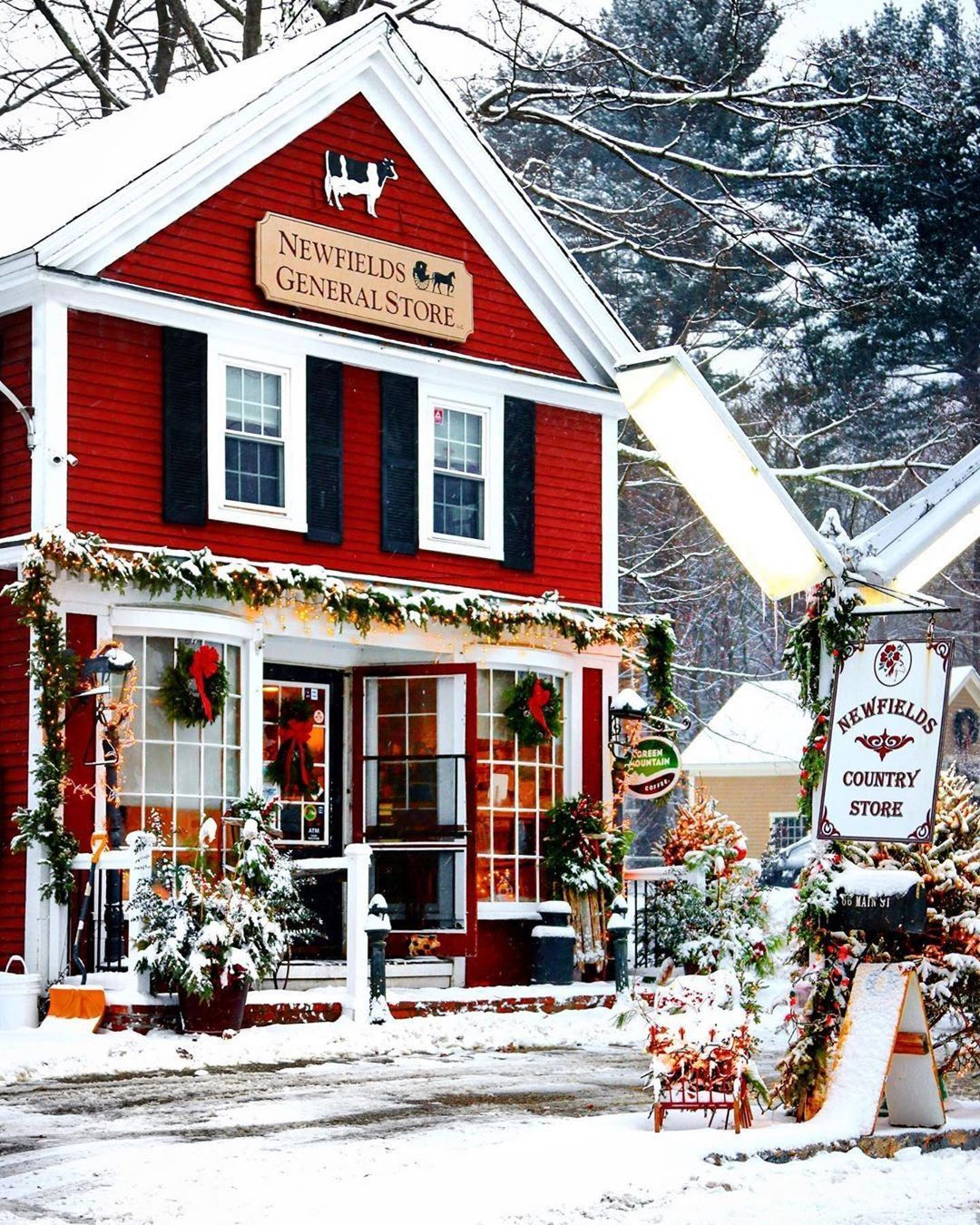 Christmas In New Hampshire 2021 New England Photography On Instagram Merry Christmas Today S Gorgeous Photo Comes From In 2021 Christmas In England Merry Christmas Eve Christmas Pictures