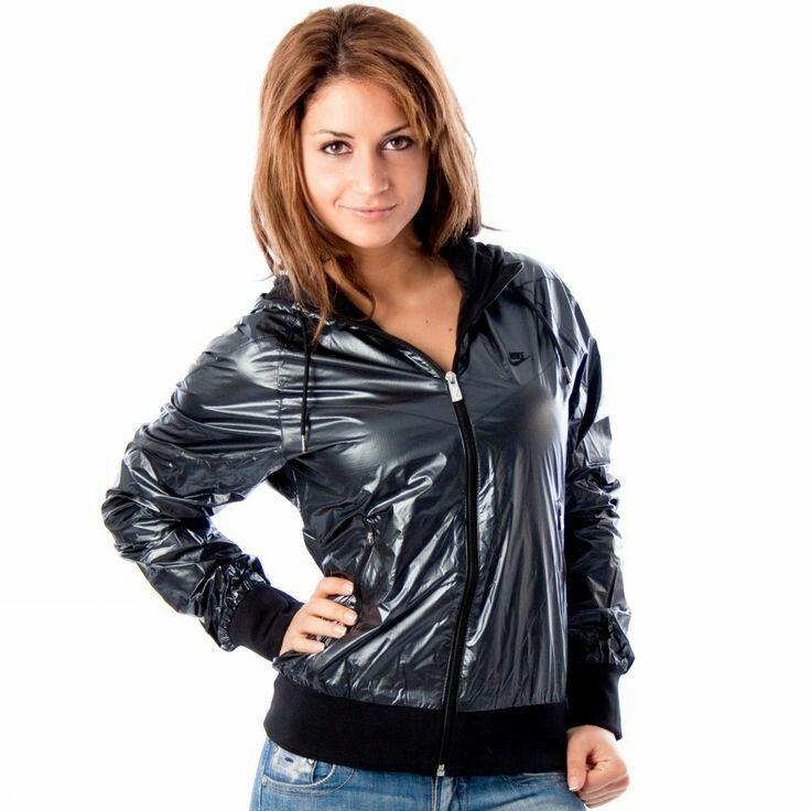 adidas x Stella McCartney Swim Vinly Jacke Regenjacke Frauen