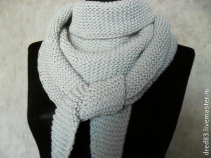 шарф бактус вязаный светло серого цвета бактус треугольный шарф