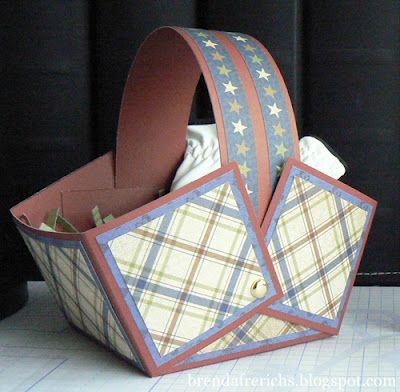 by Brenda Frerichs.... a Square Gift Basket TUTORIAL