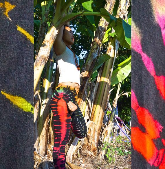 One Size Fits All Yoga Pants // Music Festival by IllusionEnds