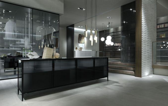 Rimadesio dressoir in glass boekenkast wandkast bookcase cupboard