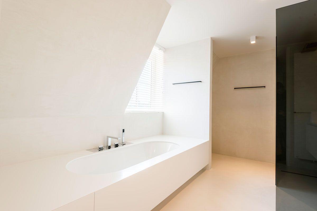 Moderne Witte Badkamer : Moderne badkamers gijsberts